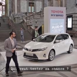 Pas besoin en effet de brancher une hybride Toyota pour la recharger.